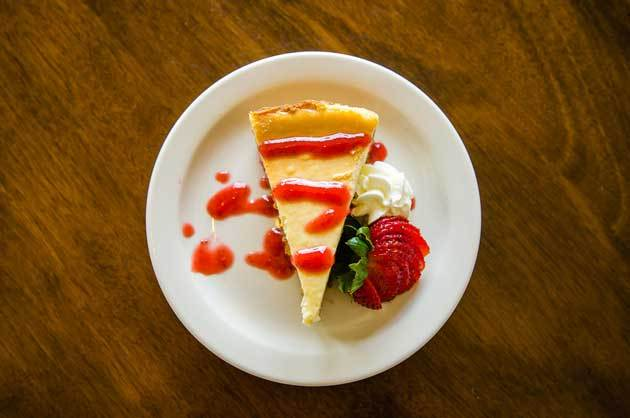 New-Your-Stule-Cheesecake-with-Strawberry